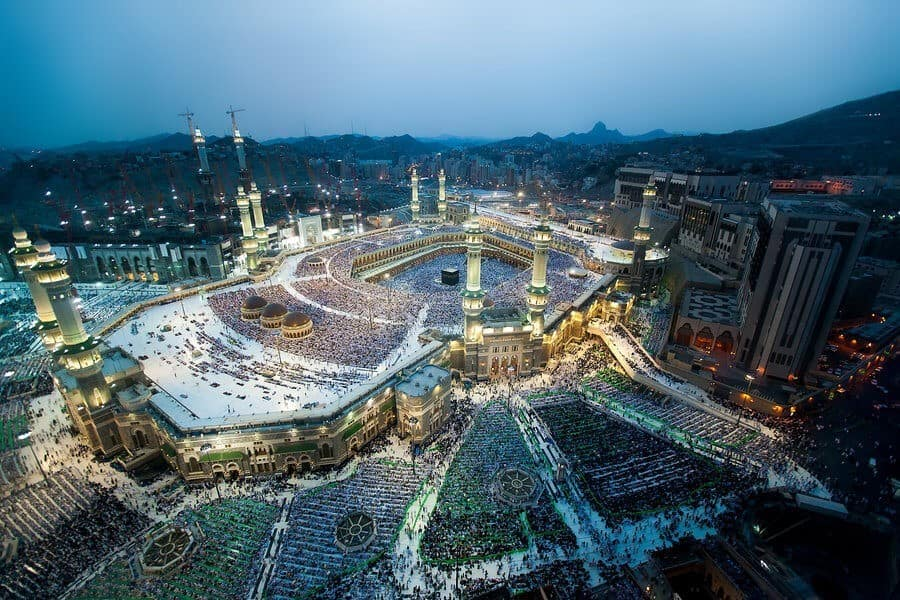 holy_grand_mosque_in_makkah_by_thameralhassan-d5ax68c